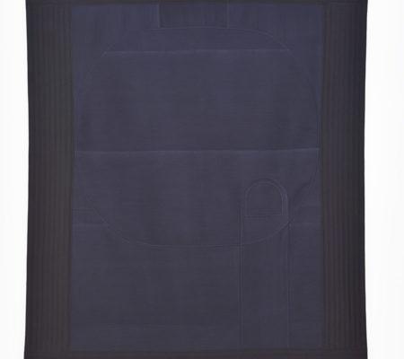 """Seulgi Lee, """"U: Par jalousie, enfoncer le doigt dans le kaki que l'on ne possède pas.U: 못먹는감 찔러나 본다. Mot-meog-neun-gam Jjil-leo-na Bon-da."""", 2017, soie coréenne en Nubi et coton, 195 x 155 x 1 cm"""