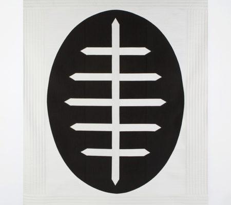"""Seulgi Lee, """"U : Dans l'oeuf aussi on trouve un os. = Une suite de mésaventures.U : 달걀에도 뼈가 있다. Dal-gal-e-do Ppeu-ga It-da."""", 2017, soie coréenne en Nubi et coton, 195 x 155 x 1 cm"""
