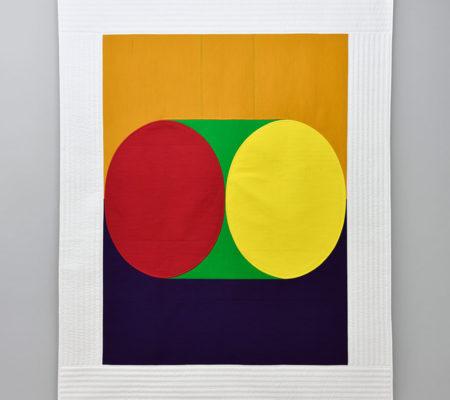 """Seulgi Lee, """"U : Se faire accompagner par un jang-gu (tambour). = Être d'accord. U : 맞장구 치다. Mat-jang-gu Tchi-da."""", 2017, soie coréenne en Nubi et coton, 195 x 155 x 1 cm"""