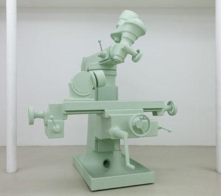 """atelier Van Lieshout, """"Pantokrator"""", 2015, fibre de verre, 245 x 265 x 198 cm"""