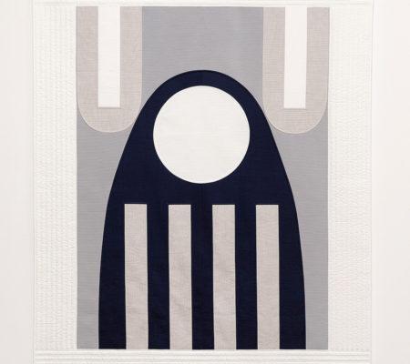 """Seulgi Lee,"""" U : Comme un fantôme qui chante en poussant des cris aigus.= Un événement incroyable. U : 귀신이 곡할 노릇. Gui-shin-i Gok-hal No-reut."""", 2017, soie coréenne en Nubi et coton, 195 x 155 x 1 cm"""