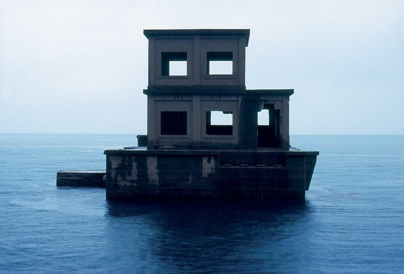 Louidgi Beltrame, Katashima torpedo base, 2011_cadre_web