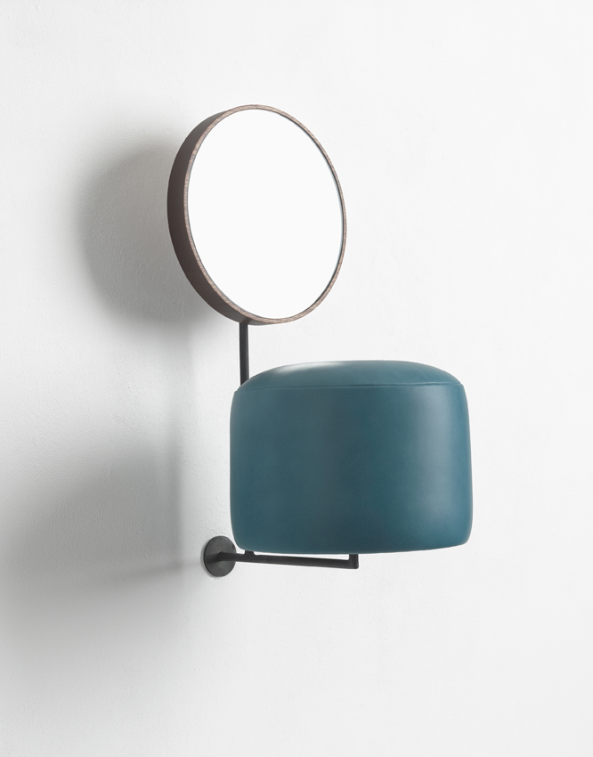 Thomas Grunfeld, Untitled HdL/Blue, 2014, 50x35x25cm