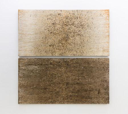 """Clément Borderie, toile produite par la matrice """"Lune"""", hiver/printemps/été/automne 2005-2006, Ivry-sur-Seine, été/automne 2006, Ivry-sur-Seine,toile de coton brut,105 x 120 cm"""
