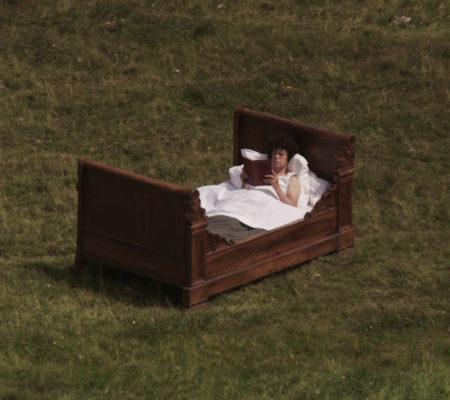 """Martin Le Chevallier, """"Le jardin d'Attila"""", 2011, court-métrage, vidéo HD, couleur, son, 33' - galerie Jousse Entreprise"""