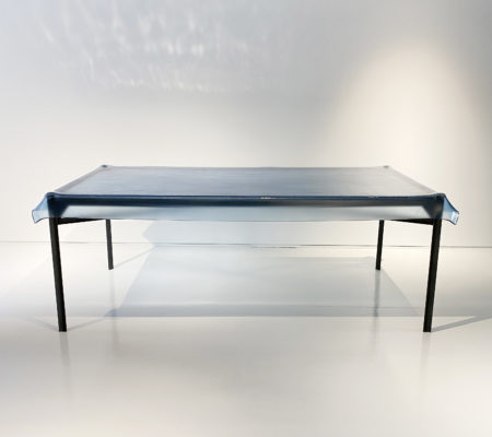 philippe_starck_table_illusion