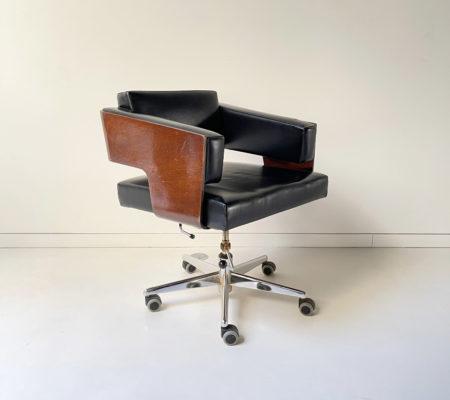 antoine_philippon_jacqueline_lecoq_fauteuil_01